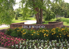 Idlewood Apartments:
