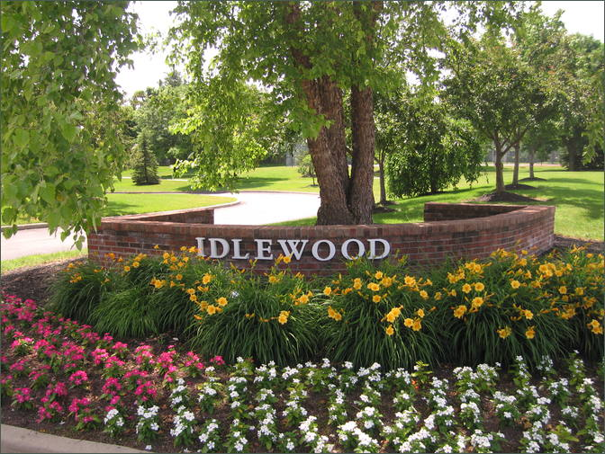 Idlewood Apartments